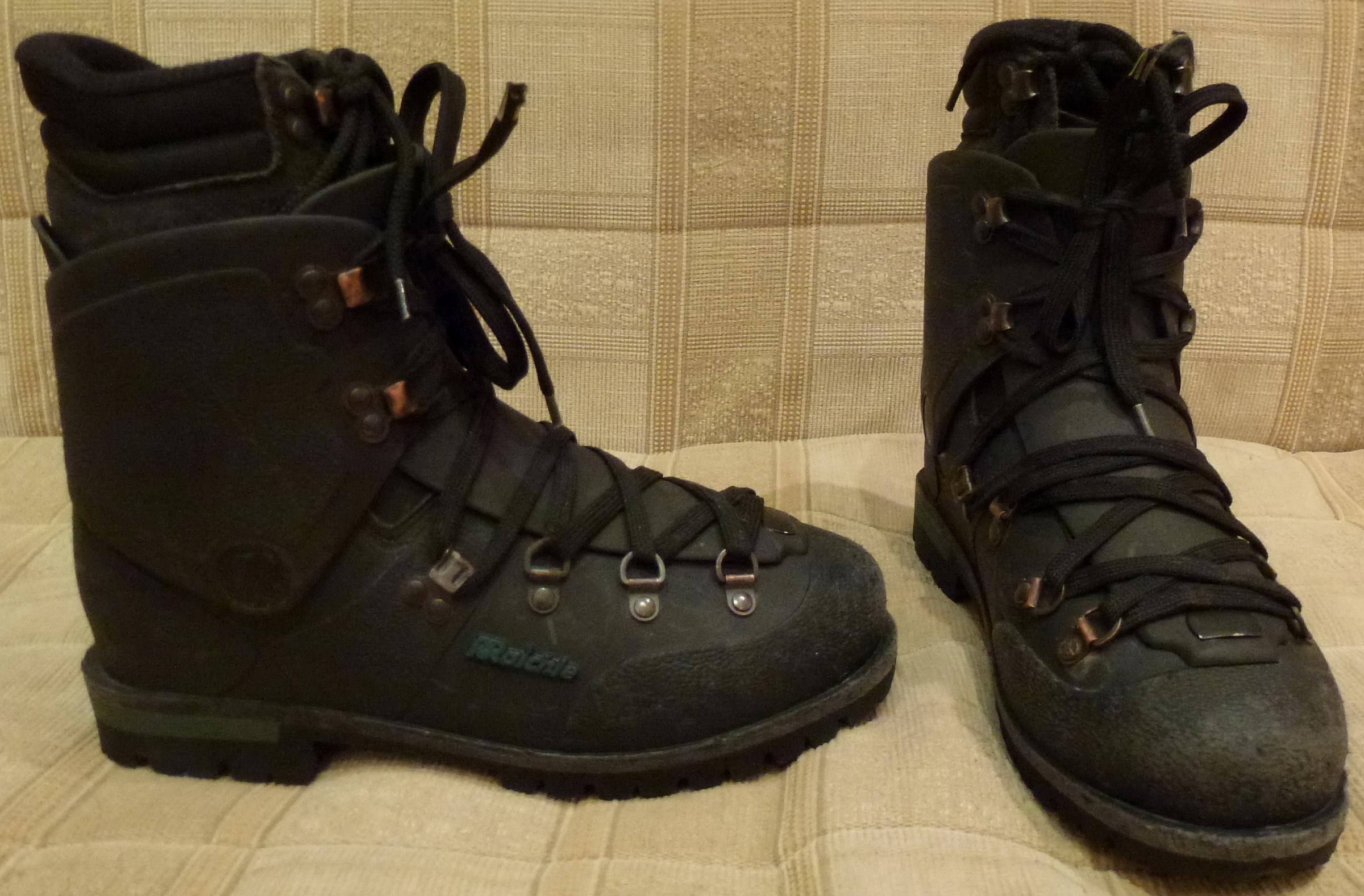 Швейцарские горные кожаные ботинки 38-39 размер