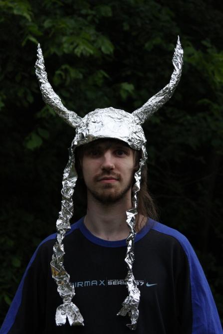 Тот самый конкурс шапок из фольги! - Risk.ru