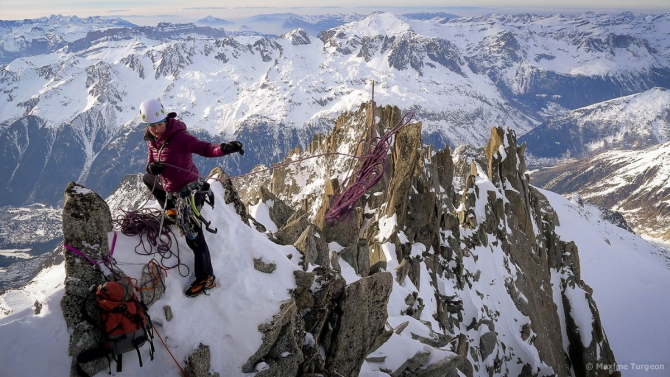 Zoe Hart at the top of the route Faraon on Point Farra - Chamonix mont-blanc 3