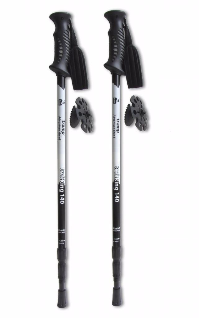 Две черные палки