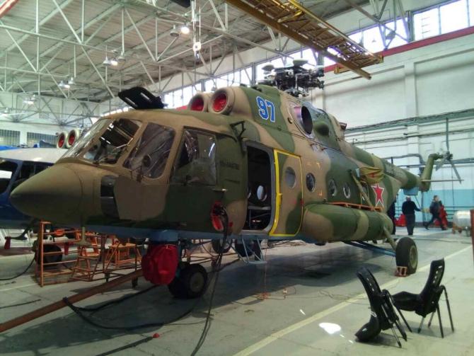 Вертолет, упавший на севере Эльбруса восстановили (Альпинизм)