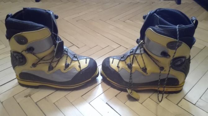 Продам Ботинки Spantik La Sportiva. Новые. 40 размер (ботинки для зимнего альпинизма)