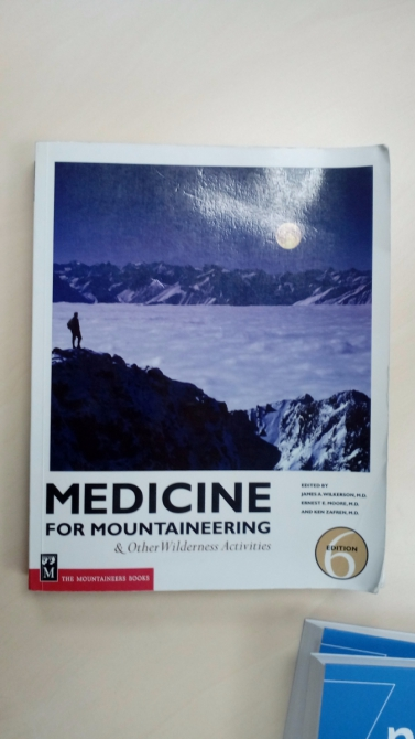 Книга Medicine for Mountaineering & Other Wilderness Activities, 6th Edition