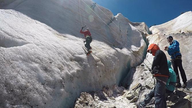 Ледолазанье на леднике Кашкаташ (Альпинизм, альпинизм, горная школа, ситник)
