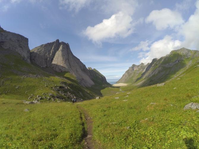 """Лофотенские острова, Breiflogtinden, """"Арктическая одиссея"""" (6A, 7a(fr), A3, 950м, первопроход, Альпинизм, альпинизм, норвегия)"""