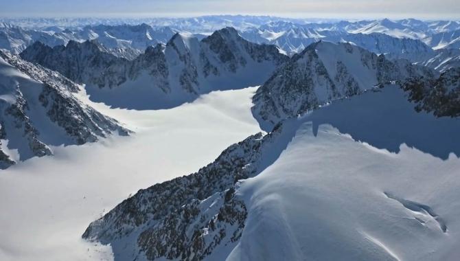 Симoнe Моро в поисках холода! (Альпинизм, якутия, гора победа, 3003, тамара лунгер, сибирь, оймякон, полюс холода, зимний альпинизм)