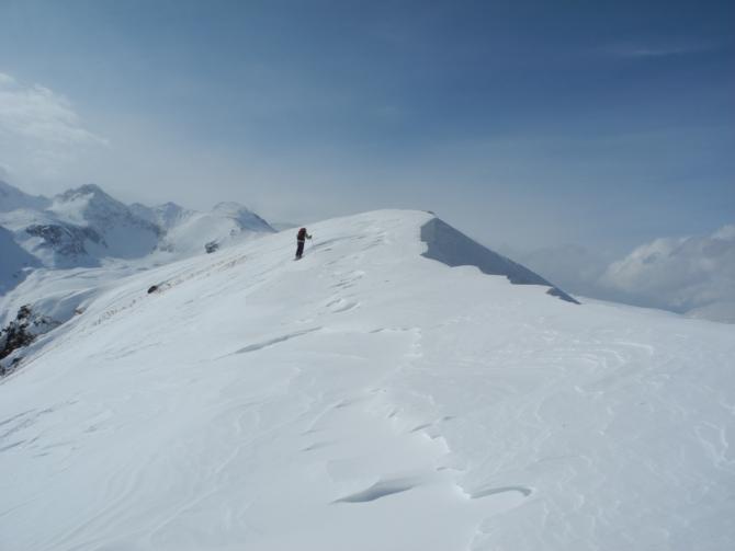 Нoвoгoдний ски-тур в Архызе ()