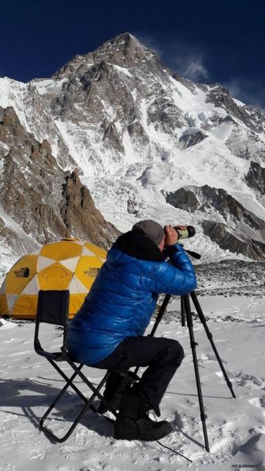 Новости с К2: Пурга на К2 и почему огорчен Симоне Моро (Альпинизм, зимний альпинизм, экспедиции, пакистан, каракорум, горы, поляки)