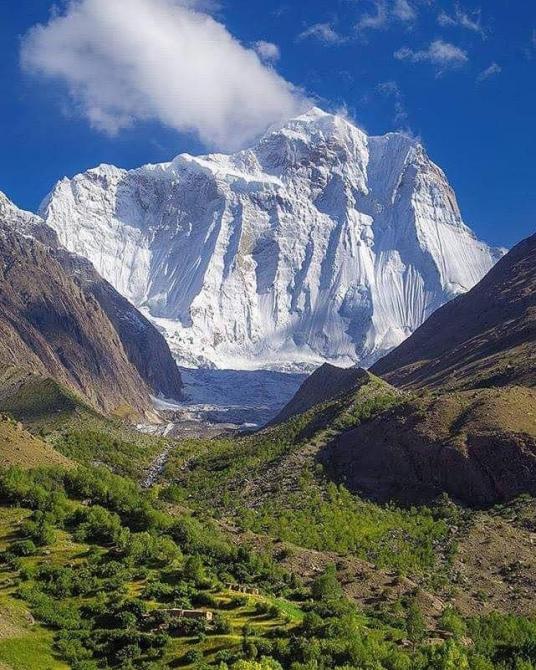 Прекрасная вершина в Пакистане (Альпинизм)