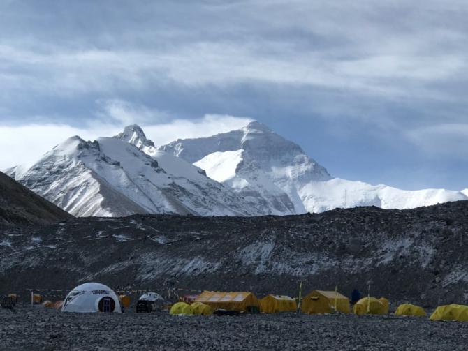 Российская компания проводит уникальную, рекордную экспедицию на Эверест (Альпинизм, клуб 7 вершин, александр абрамов, программа Семь вершин)