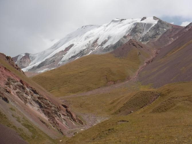 Рeкрeaциoнный альпинизм в Ачик-Таше. Пик Мусы Джалиля по северной стене. (пик ленина)