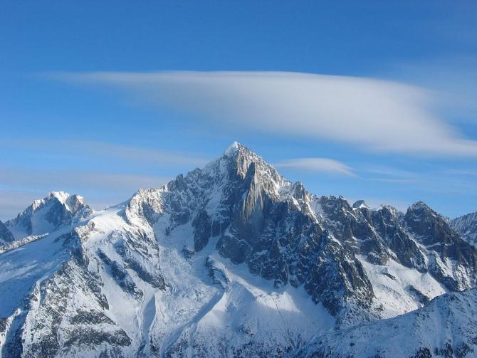 Французы съехали с «Зелёной иглы» (Горные лыжи/Сноуборд, Aiguille Verte, Nant Blanc, монблан, 2018)