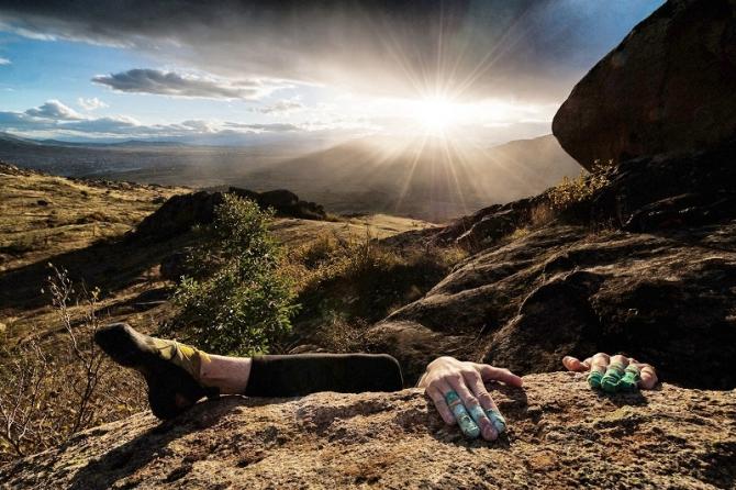 Страхование скалолазов в поездках на скалы. (Скалолазание, спасательные работы, скалолазание, безопасность, страховка)