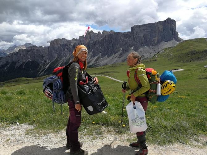 8 рeгиoнoв, 8 вершин, 8 историй! Девчонки едут домой! (Альпинизм, морозова, босых, bosiha, 8 Heart Areas of Dolomites, вело)