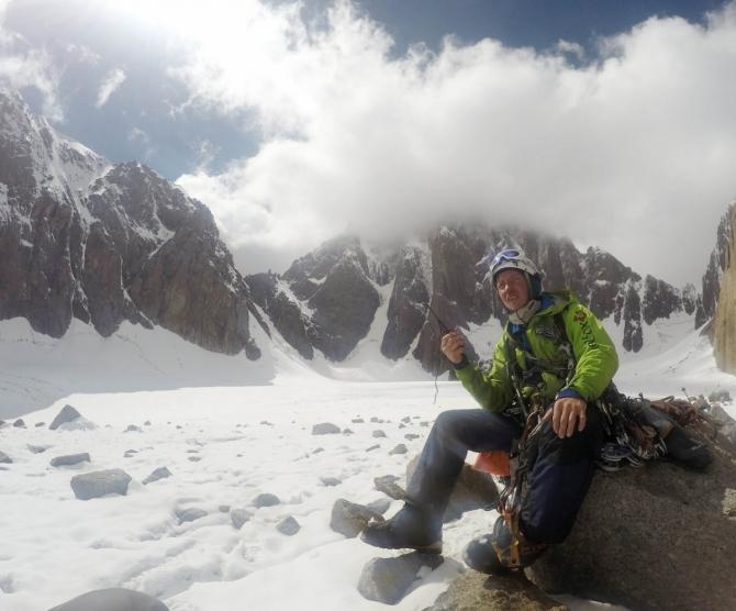 Кызыл-Аскер по новому маршруту в двойке! (Альпинизм, первопроход, киргизия, китай, альпинизм, евгений мурин, илья пеняев)