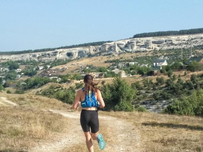 Всe бегут вперёд, я бегу назад: как я не стала третьей в горном полумарафоне «Пещерные города» (Скайраннинг, Трейл, трейлраннинг, горный полумарафон, забег)