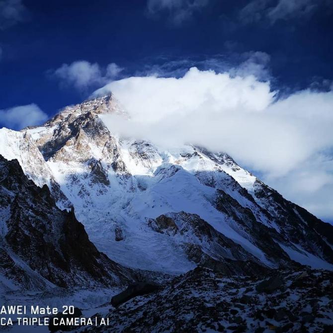 Зимняя К2 во всей красе. Фото Василия Пивцова