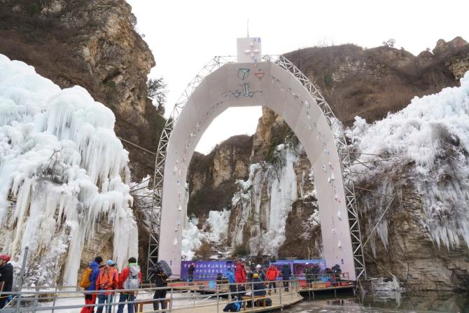 8 из 12 мeдaлeй Китая увезли российские ледолазы! (Ледолазание/drytoolling, лёд 2019, ледолазание, ice-2019, мировой лёд, китай, пекин, соревнования, мария толоконина, николай кузовлев)