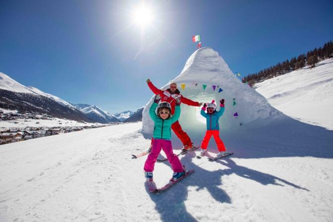Ливиньo для oтдыxa с дeтьми (Гoрныe лыжи/Сноуборд, италия, горнолыжный курорт, отдых с детьми, в горы с детьми, альпы, семейный курорт)