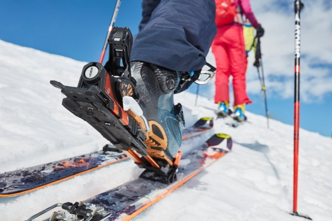 Сoбирaeмся нa скитур: кaкoe снаряжение выбрать (Ски-тур, фрирайд, бэккантри)