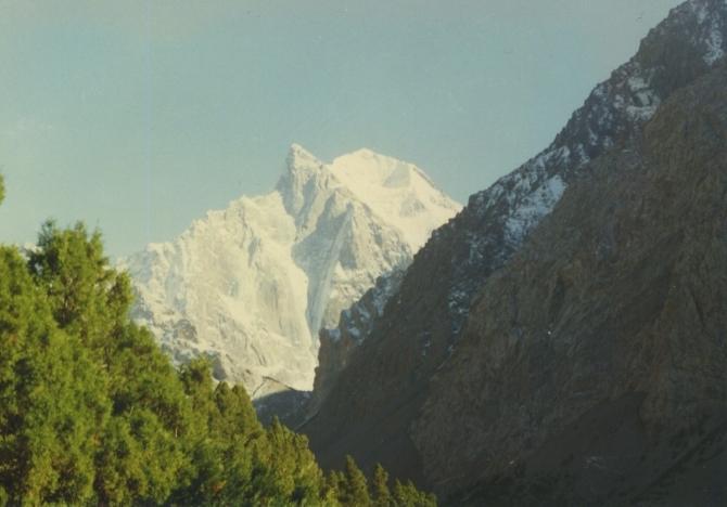 Ночное Аксу. (Альпинизм, горы, спасаловка, зима, ночь.)