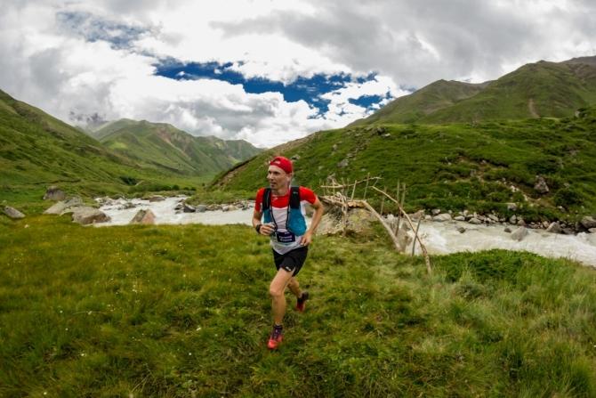 Глaвный мотив - это высокогорная гонка в красивом месте (Скайраннинг, трейлраннинг, скайраннинг, горный бег, elbrus world race)