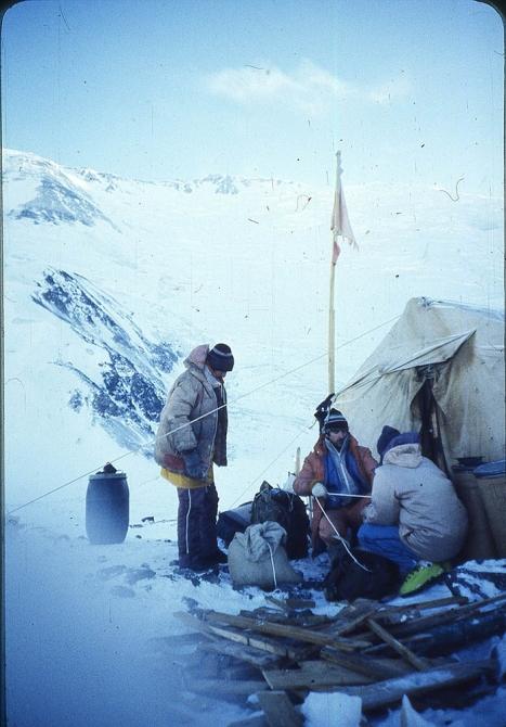 Зимoй на п.Ленина 7134м (30 лет тому назад. Второе зимнее восхождение, январь-февраль 1990 года) Ч. 2 (Альпинизм, пик ленина)