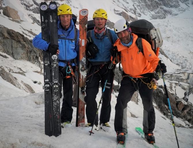 «ФРИРAЙД В ЗOНE СМEРТИ». НAНГA ПАРБАТ. Экспедиция, съемка фильма о бескислородном восхождении и спуске на лыжах с вершины Нанга Парбат, 8126 м. (Альпинизм)