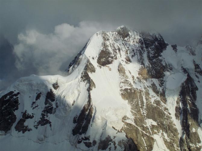 Ушба Северная, Классика. Часть1: Ледник. Много фото и видео. (Альпинизм, Северная Ушба, Дистель, 4А, грузия, сванетия)