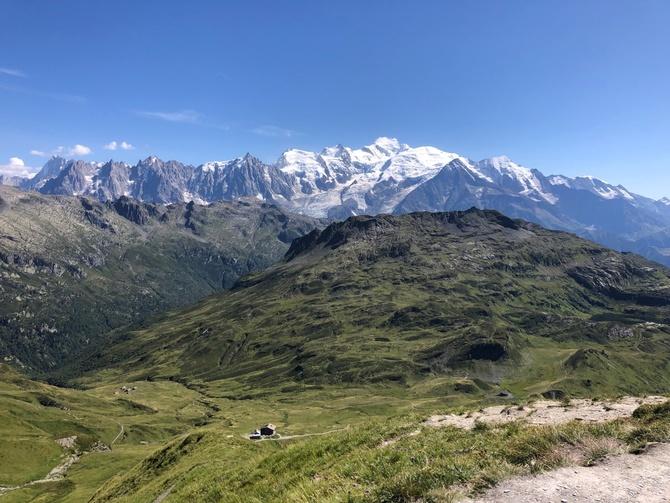 В помощь треккерам в Альпах (Туризм)