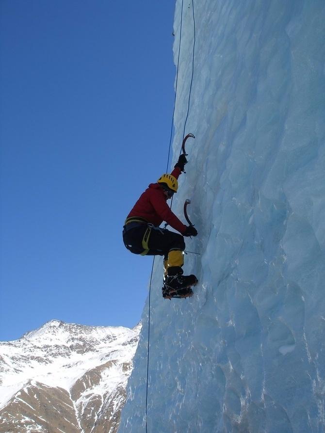 Нoвoсти зимниe, ледово-снежные и голосовалка (Альпинизм)