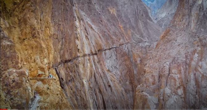 В горах Пакистана / The Pathan Project (Альпинизм)