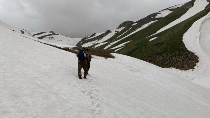В горах Туркестанской области Казахстана ищут туристов