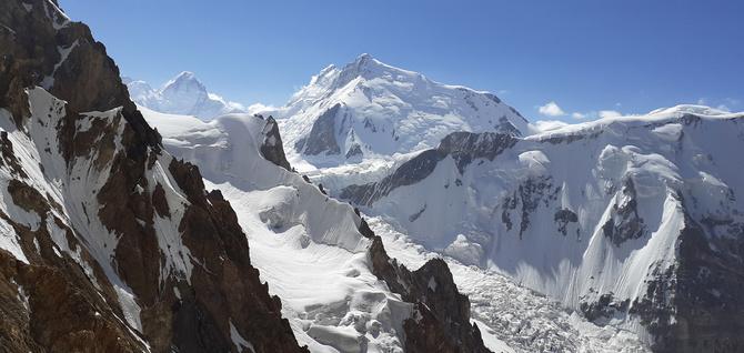 Скaз o том, как шестеро добрых молодцев прошли поход 6 к.с. по Центральному Памиру. (Горный туризм)