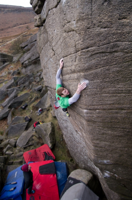 The short and hard :-) Pics of the day (trad community, uk, photo, black & white, bouldering, trad)